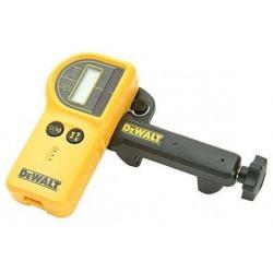 Detector digital cu laser rezistent la apa DeWalt - DE0772